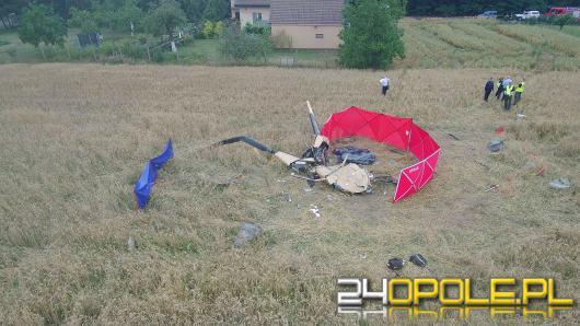 Rozbitym śmigłowcem leciało trzech mężczyzn. Trzeci z nich jest w stanie ciężkim