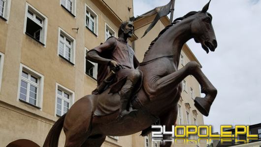 Pięć pomników miejskich w Opolu zostało wyposażonych w kody QR