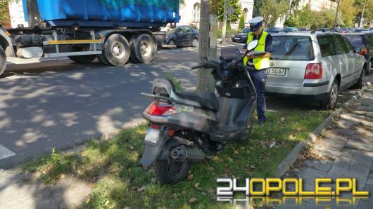 Wypadek z udziałem skutera i rowerzystki