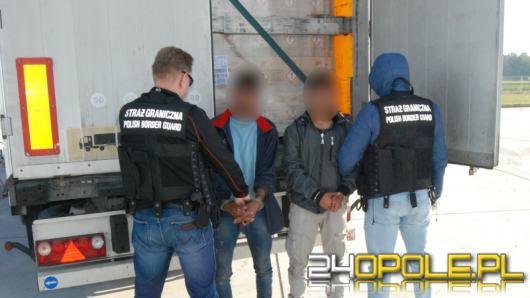 Cudzoziemcy ukryci w naczepie ciężarówki, zatrzymani na Opolszczyźnie