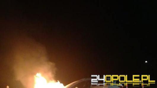Pożar samochodu na ulicy Luboszyckiej
