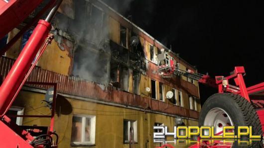 Ustalają przyczyny pożaru w Zdzieszowicach