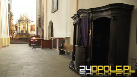Dziś rozpoczyna się Adwentowa Noc Konfesjonałów. W których parafiach uzyskamy wieczorną spowiedź?