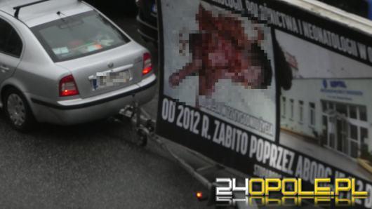 Bannery antyaborcyjne znów terroryzują swoim widokiem Opolan