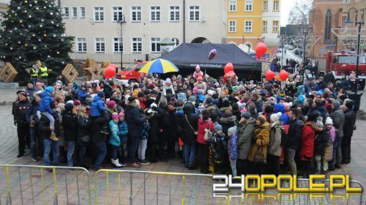Ponad 400 Opolan w wielkim sercu na rynku