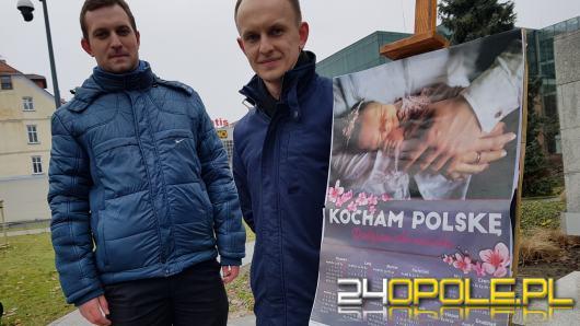 1000 kalendarzy od Młodzieży Wszechpolskiej zostanie rozdanych na Opolszczyźnie
