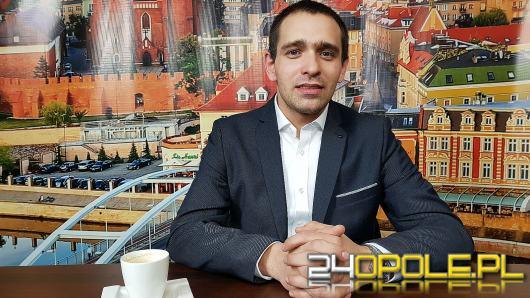 Damian Kapinos - o wystawie kolejowych pamiątek i korzyściach z transportu szynowego