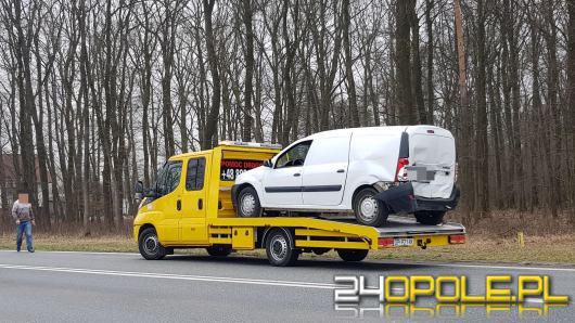 Zderzenie trzech pojazdów na DK 46