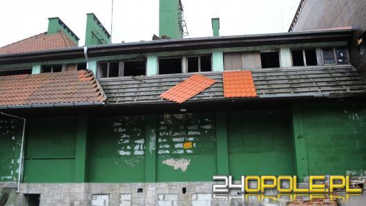 Odbudowywany po 2 podpaleniach, stoi w ruinie. Komu zależało, by skończył swoją działalność?