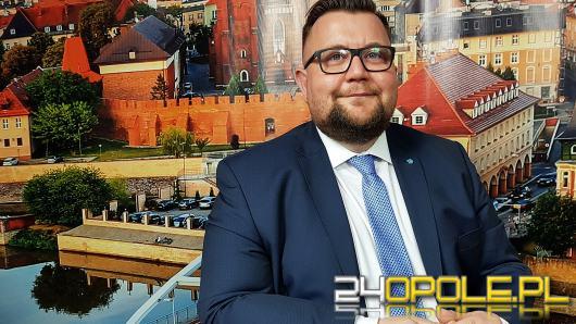 """Szymon Ogłaza - program mentoringu biznesowego to rozwinięcie relacji """"mistrz-uczeń"""""""