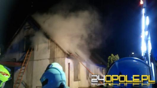 Pożar budynku jednorodzinnego w Opolu-Czarnowąsach. Jest ofiara śmiertelna