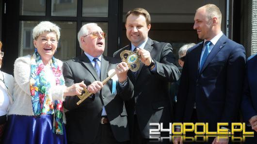 """Seniorzy oficjalnie przejęli """"władzę"""" nad miastem"""