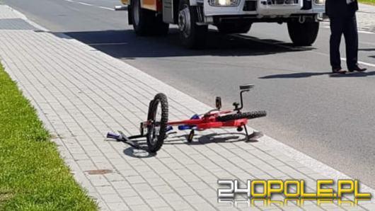 3-latek wjechał rowerkiem prosto pod jadący samochód. Wezwano śmigłowiec LPR