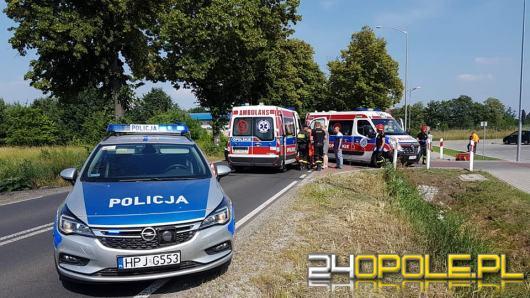 Utrudnienia na ul. Oleśnickiej w Namysłowie po zderzeniu dwóch samochodów osobowych