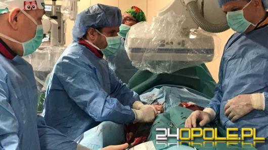 W Opolu przeprowadzono zabieg implantacji zastawki bez otwierania klatki piersiowej