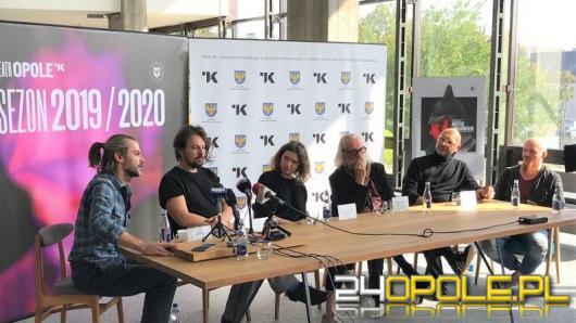 """Premiera spektaklu """"Mistrz i Małgorzata"""" w Teatrze Kochanowskiego"""