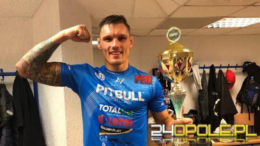 Szymon Dusza znokautował Kamila Gniadka w klatce FEN 26