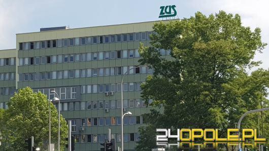 Liczba ubezpieczonych cudzoziemców przekroczyła 20 tysięcy. Historyczne dane opolskiego ZUS.
