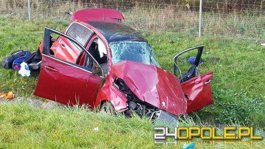 Kierowca zasnął na autostradzie. Lądował LPR