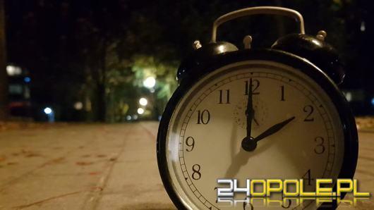 Dziś w nocy przestawiamy zegarki. Pośpimy godzinę dłużej