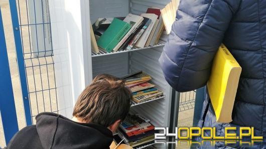 Zakład Komunalny trzyma książki w lodówce