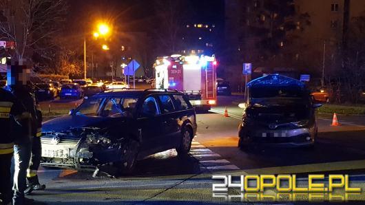Zderzenie pojazdów na Piotrkowskiej w Opolu