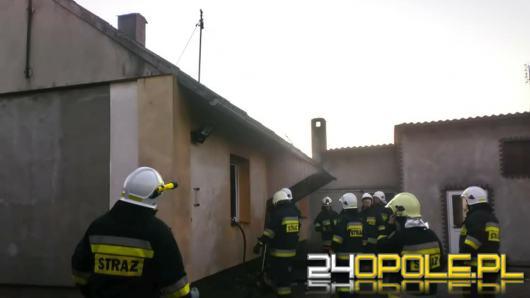 Powiat oleski: Próbował ugasić pożar kuchni i zasłabł
