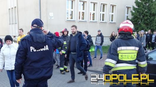 W szkole w Brzegu został podłożony ładunek wybuchowy. Na szczęście to tylko ćwiczenia