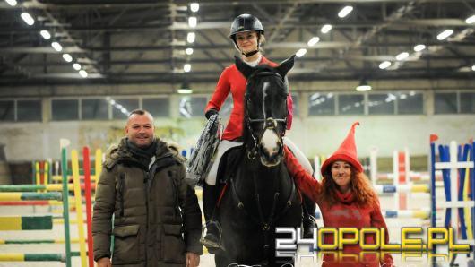 Mikołajkowe zawody jeździeckie w LKJ Ostroga