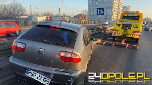 Kolizja na moście Sybiraków. Kierowca pod wpływem alkoholu