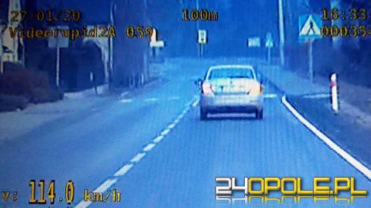 Kolejni kierowcy stracili prawo jazdy za prędkość