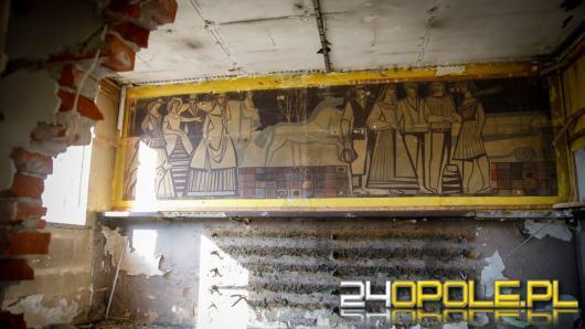 Niesamowite odkrycie w holu dawnej poczekalni PKS