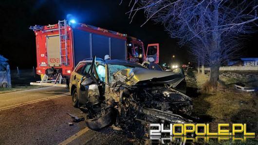 Poważne zderzenie BMW i Volkswagena. Ranna kobieta