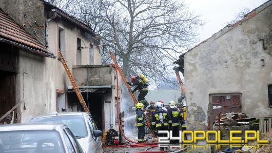 Pożar domu jednorodzinnego w Ligocie Górnej. Znaleziono zwęglone ciało