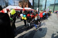 Kolorowy Korowód Fundacji Dom Rodzinnej Rehabilitacji Dzieci z Porażeniem Mózgowym w Opolu zorganiz - 8478_foto_24opole_180.jpg