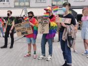 Manifestacja na Placu Wolności - Tęczowe Opole - 8494_resize_received_1440140092844018.jpg