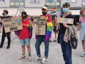 Manifestacja na Placu Wolności - Tęczowe Opole - 8494_resize_received_259191198710663.jpg