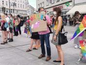 Manifestacja na Placu Wolności - Tęczowe Opole - 8494_resize_received_268055294257772.jpg