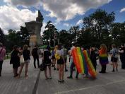 Manifestacja na Placu Wolności - Tęczowe Opole - 8494_resize_received_3075618995866300.jpg
