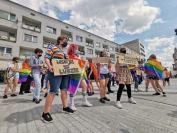 Manifestacja na Placu Wolności - Tęczowe Opole - 8494_resize_received_941214303019755.jpg