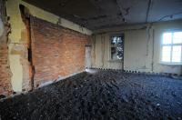 Pałacyk na Sempołowskiej odzyska swój blask, jak wygląda teraz? - 8564_foto_24opole_0035.jpg