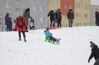 Opolanie ruszyli na sanki do parku na osiedlu Armii Krajowej  - 8573_zima_24opole_0269.jpg