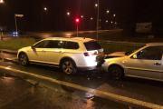 Zderzenie pojazdów w Opolu. Sprawca uciekł, a w pojeździe zostawił alkohol - 20200605123925_2_1.jpg