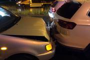 Zderzenie pojazdów w Opolu. Sprawca uciekł, a w pojeździe zostawił alkohol - 20200605123925_6_5.jpg