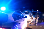 Nie zatrzymał się do kontroli, uciekał przed policjantami, wyrzucał narkotyki przez okno - 20201127114005_210-65830_2.png