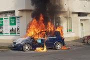 Pożar samochodu na ulicy Kieleckiej w Opolu - 20210225084503_resize_20210225_075047.jpg