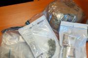 Ponad 3300 porcji marihuany u 25-latka. Wpadł podczas kontroli drogowej - 20210505134454_210-83951_5.jpg