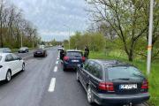 Utrudnienia na Wrocławskiej po kolizji kilku samochodów osobowych - 20210505164018_1_0.jpg