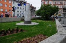 Odnowiony skwer na placu Piłsudskiego robi wrażenie