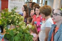 Dużym zainteresowaniem cieszyły się warsztaty florystyczne w MBP.<i>(Fot: Dżacheć)</i>